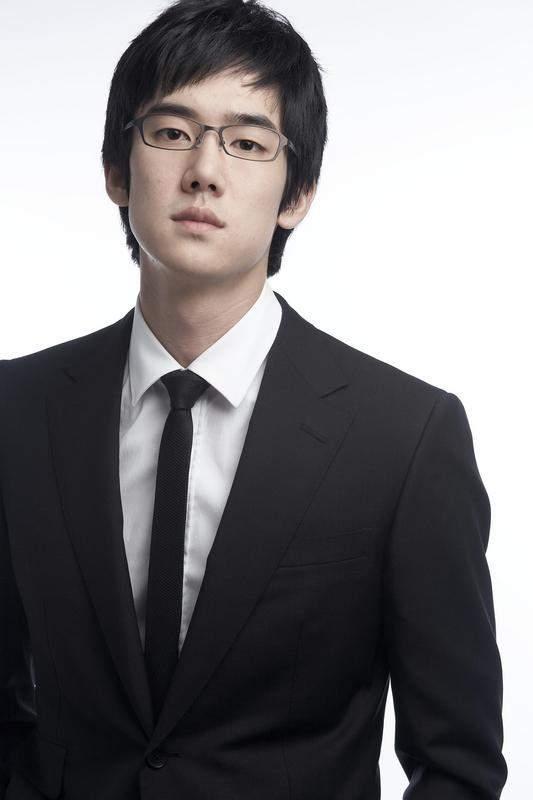 handsome korean actors