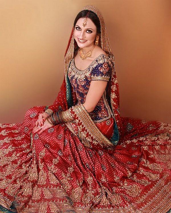 Pakistani Bridal Wear: Latest Pakistani Bridal Dresses