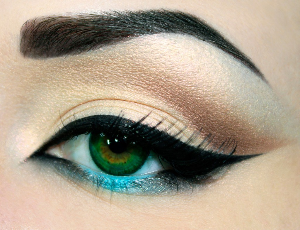 Eyeliner Styles - 20+ Styles That Change The Look