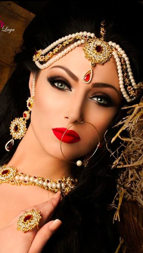 30+ Beautiful Pakistani Bridal Makeup Looks - Style Arena